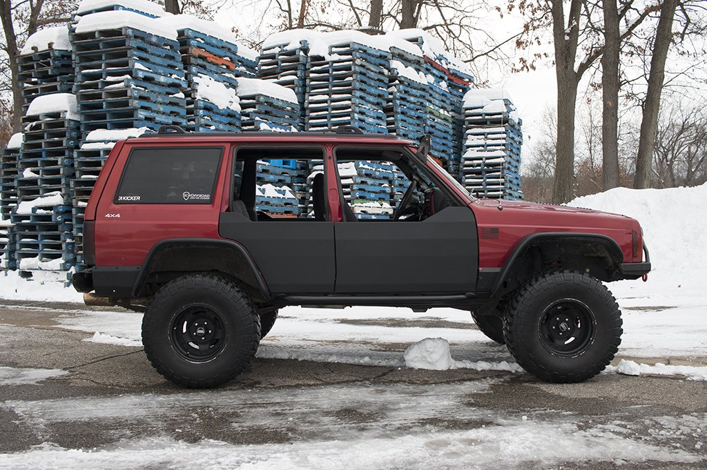 electrical power identification hood relay articles htm fuse up xj cherokee located the under a jeep distribution center tech